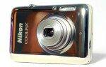 """Nikon Coolpix S02 Обзор Обзор фотоаппарата Nikon Coolpix S02 хотелось бы начать с его главных характеристик и внешнего вида. Выделяет камеру из целой ниши """"мыльниц"""" подобного уровня, прежде всего, компактный […]"""