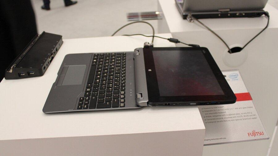 Fujitsu Stylistic Q555 планшет-трансформер
