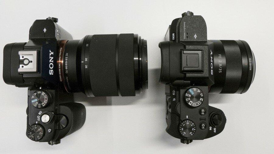 Sony a7 (слева) против Sony a7 II (справа)