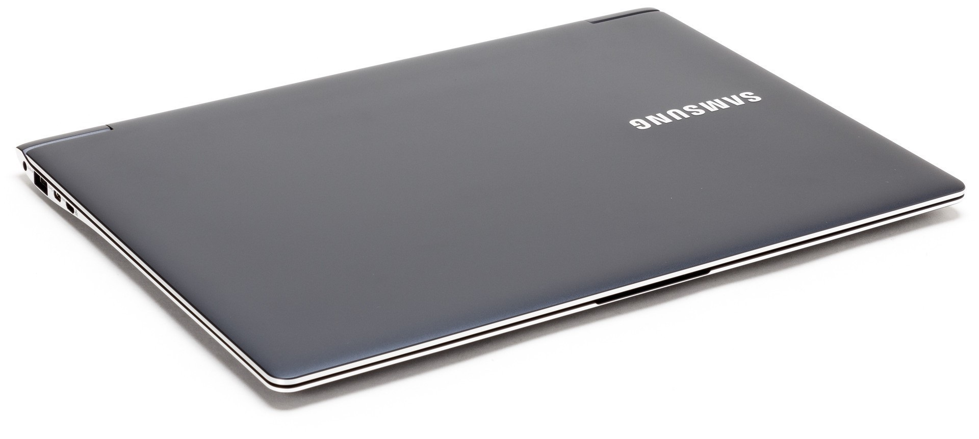 Ноутбук Samsung Ativ Book 9 Plus