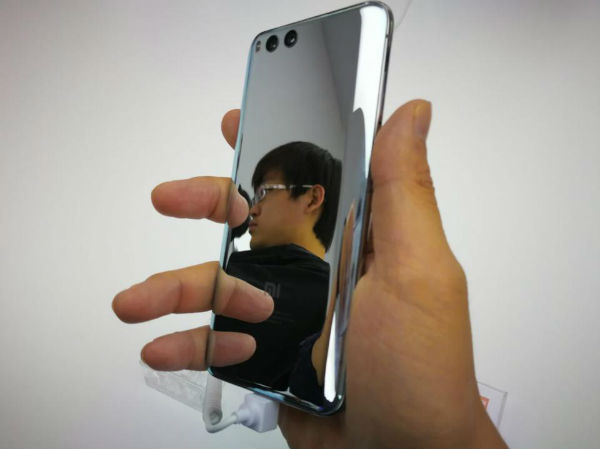 Xiaomi Mi 6 серебряная модель